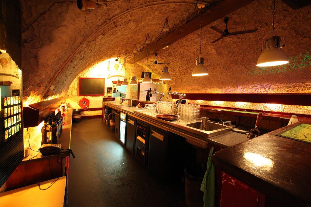 Bar werfkelder